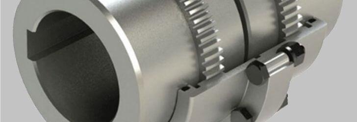 Imagem de um acoplamento de engrenagem modelo G-Torq da Acoplast Brasil, imagem feita nos tons de cinza claro e escuro, portanto o acoplamento está na cor cinza e o fundo também.